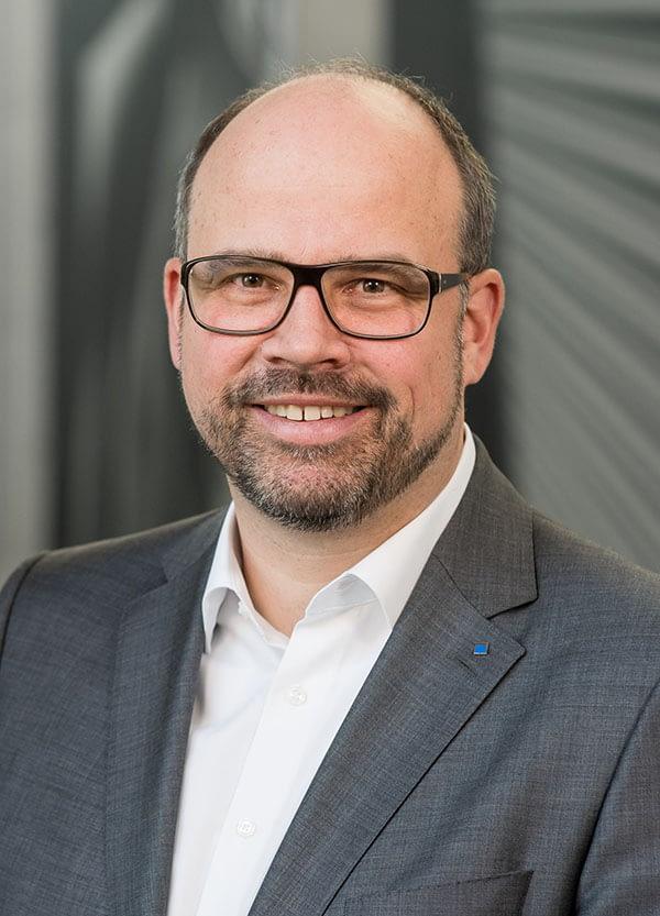 Dr.-Ing. Thomas Schneider